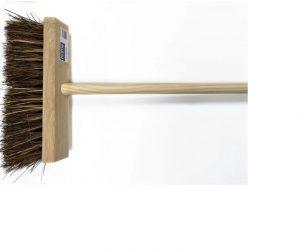 HomeHardware Cane/ Bassine Flat Top Broom Head + Handle